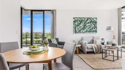 71/27 Bennelong Parkway, Wentworth Point