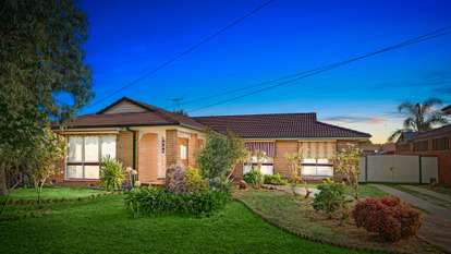 11 Strathmore Crescent, Hoppers Crossing