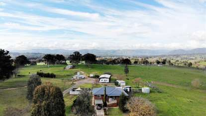 407 Snowy Mountains Highway, Tumut