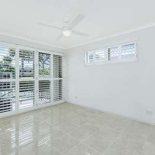 Thumbnail of 1/14-18 Jennifer Avenue, Runaway Bay, QLD 4216