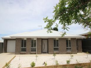 SLEEK, STYLISH NEAR NEW HOME - WILL BE SURE TO IMPRESS - Modbury