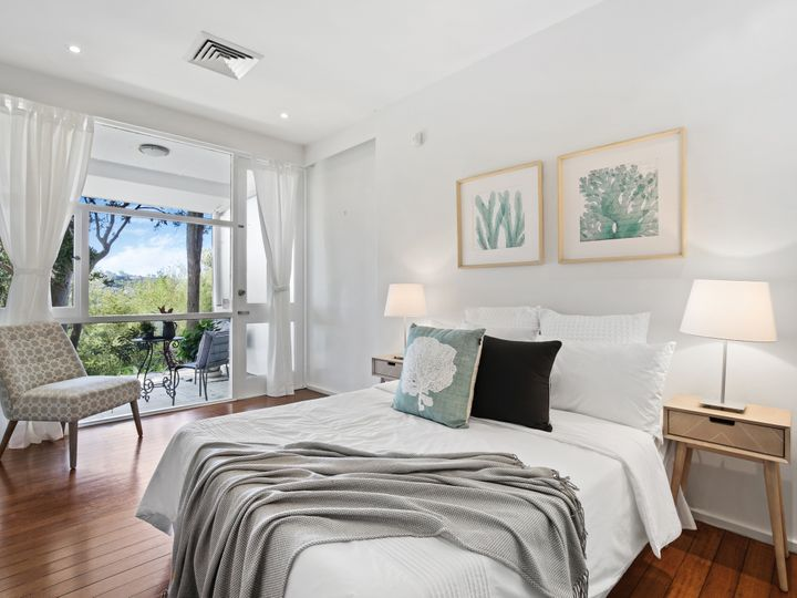 15 Harbour Lane, Middle Cove, NSW