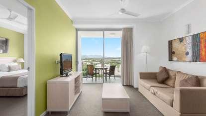 410/2 Dibbs Street, South Townsville