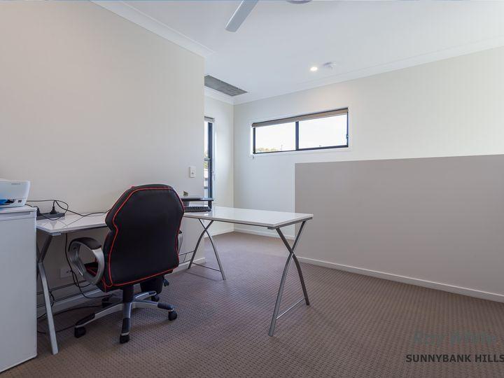 8 Arrosa Street, Calamvale, QLD