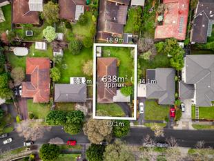 Revive or Renew on 638sqm - Rowville