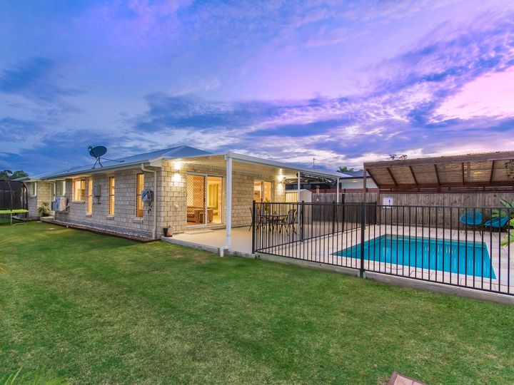 7 Roseapple Circuit, Oxenford, QLD