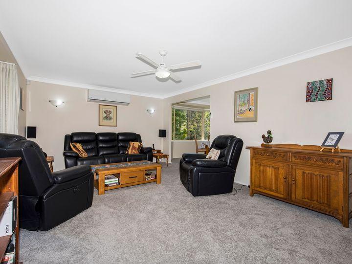 35 Thames Drive, Erina, NSW