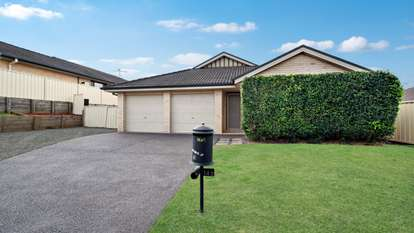 140 Regiment Road, Rutherford