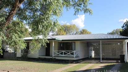 13 Acacia Avenue, Dalby