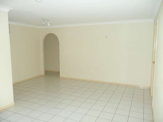 19 Takora Street, Middle Park, QLD 4074