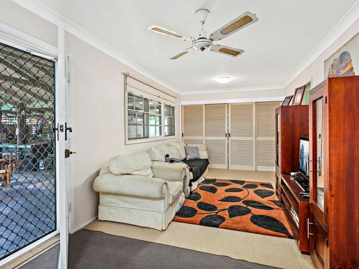 14-16 Newton Crescent, Oak Flats, NSW