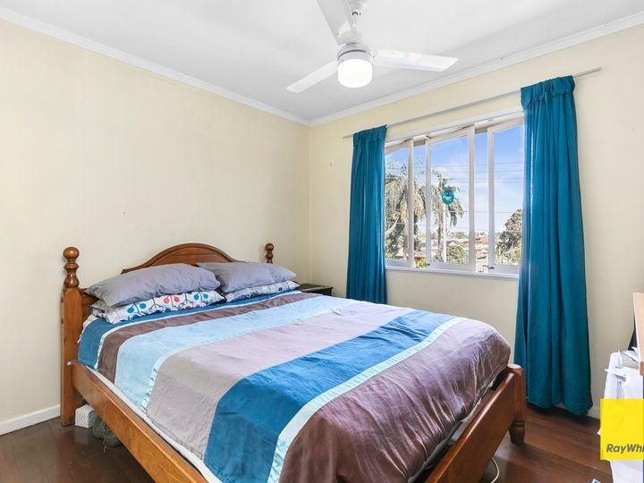 33 Selina Street, Wynnum, QLD