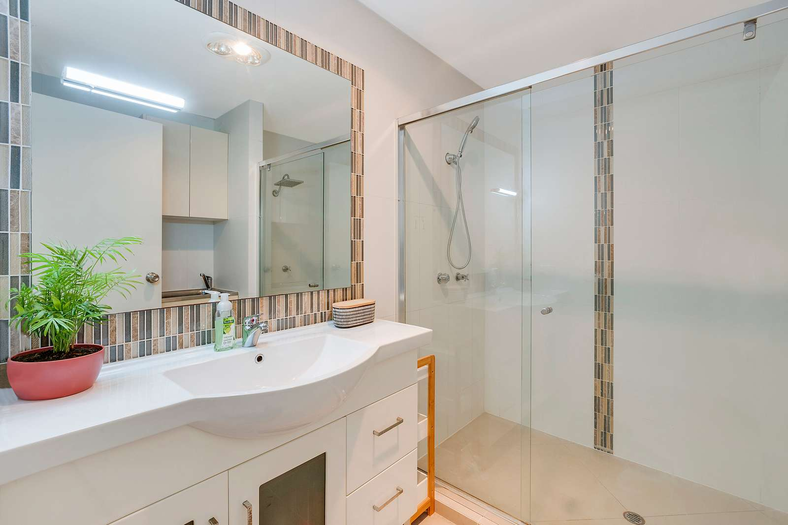 2/7 Metro Crescent, Oxenford, QLD 4210