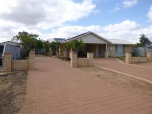 BEAUTIFUL FAMILY HOME - Kalbarri
