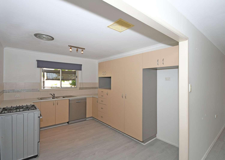 4 Beckwith Street, Torquay, QLD 4655