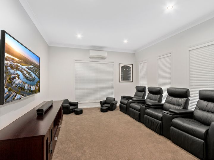 15 Southaven Drive, Helensvale, QLD