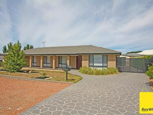 PRICE REDUCED - THIS IS NOW THE BEST BUY IN BUNGENDORE - Bungendore
