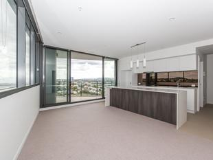 NEAR NEW IN COORPAROO SQUARE - Coorparoo