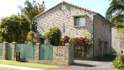 2/12 Silvester Street, Redcliffe