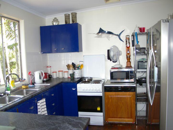 24 Patrick Street, Beachmere, QLD
