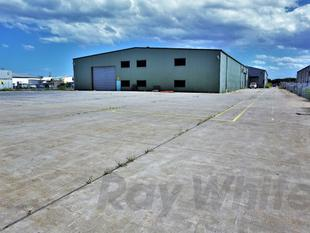 For Lease: 1,400sqm* - 3,400sqm* WAREHOUSE + HARDSTAND - Hemmant