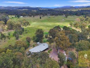 A Hobby Farmers Haven. - Armidale
