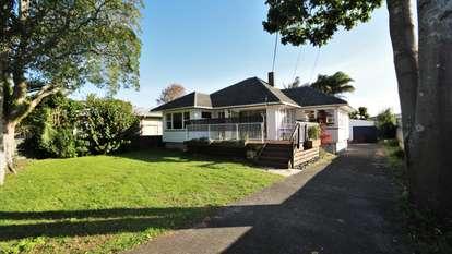 508 Te Atatu Road, Te Atatu Peninsula