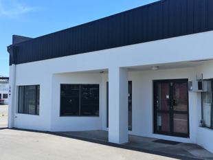 RENOVATED STREET FRONT SHOWROOM OR OFFICE - Tweed Heads South