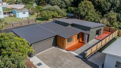 32b Bluegum Road, Paraparaumu Beach