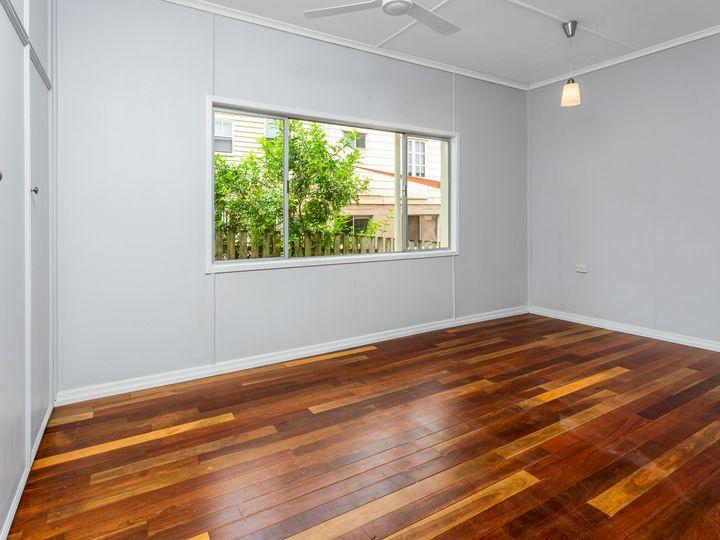 6 Adam Street, Bundamba, QLD
