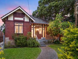 Large Federation Home - Haberfield