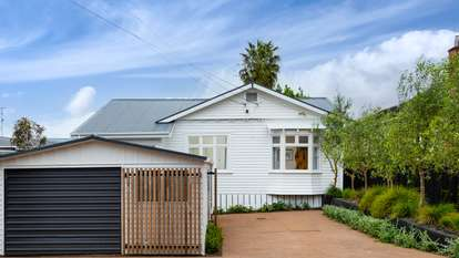 33 Wright Road, Point Chevalier