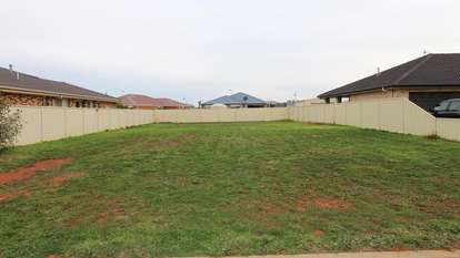 10 Graves Place, Griffith