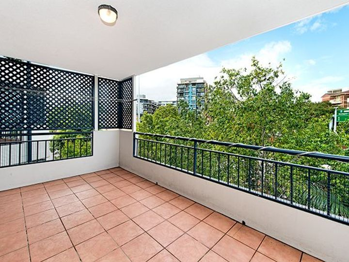12/12 Rosina Street, Kangaroo Point, QLD