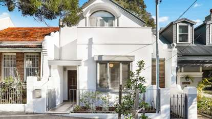 10 Lincoln Street, Stanmore