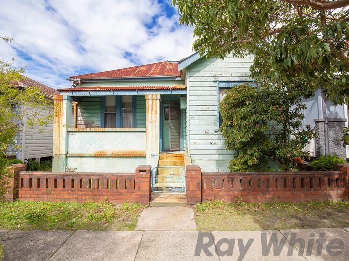 107 Lewis Street, Maryville, NSW