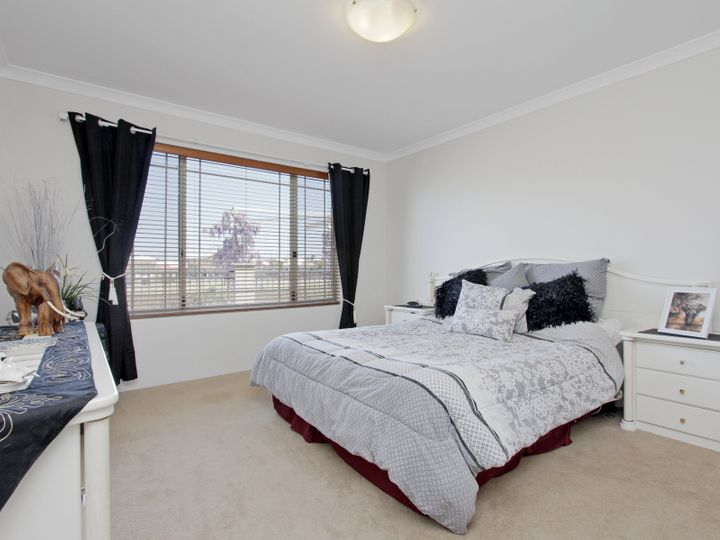 11 Anfield Crescent, Aveley, WA