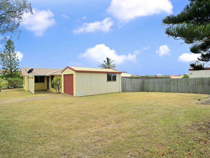 1 Tarni Street, Coral Cove, QLD