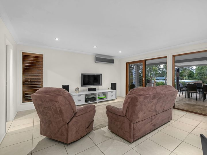 3 Centurion Street, Bridgeman Downs, QLD