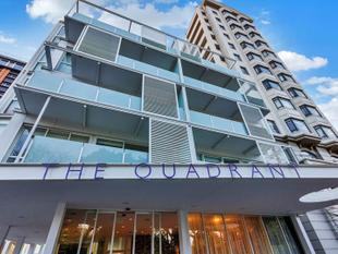 Magnificent SEAVIEW One Bedroom in The QUADRANT' - Auckland Central