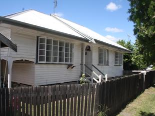 Investor's Delight - 2 Houses on 1 Title - Eidsvold