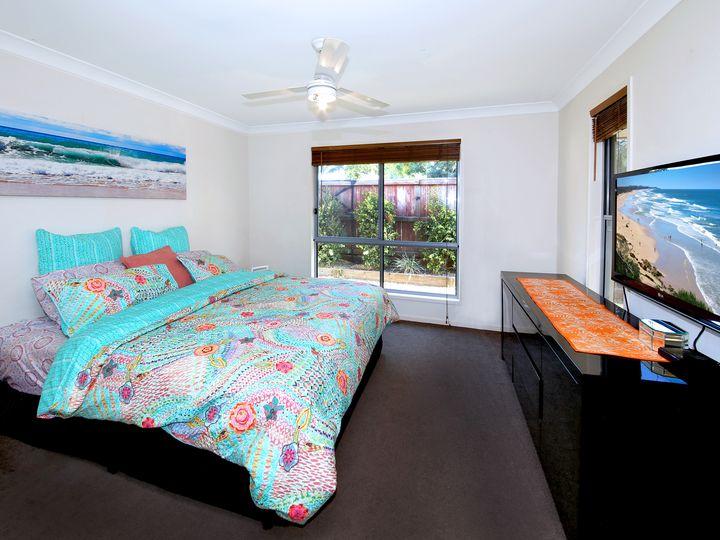 35 Tarwhine Place, Mountain Creek, QLD