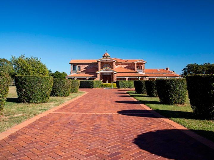 16 Neville Road, Bridgeman Downs, QLD