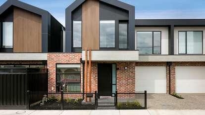 96 Saunders Street, Coburg