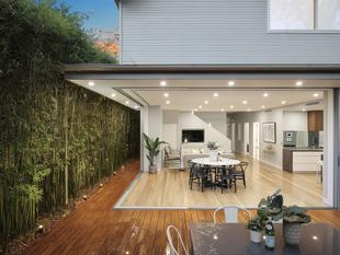 High end living on 322sqm in an ultra-convenient setting - Enmore