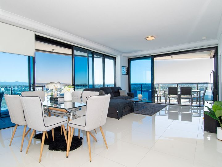 11201/5 Harbour Side Court, Biggera Waters, QLD