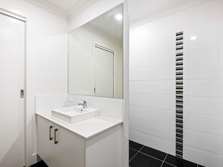 13 Henning Crescent, Meridan Plains, QLD