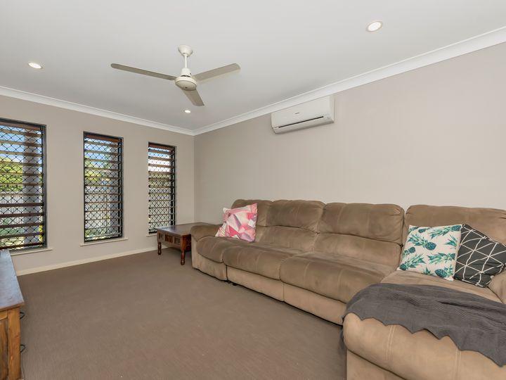 2 Bronte Court, Bushland Beach, QLD