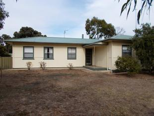 4 Bedroom 2 Bathroom home - Bordertown