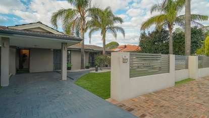23 Kinghorn Place, Redcliffe